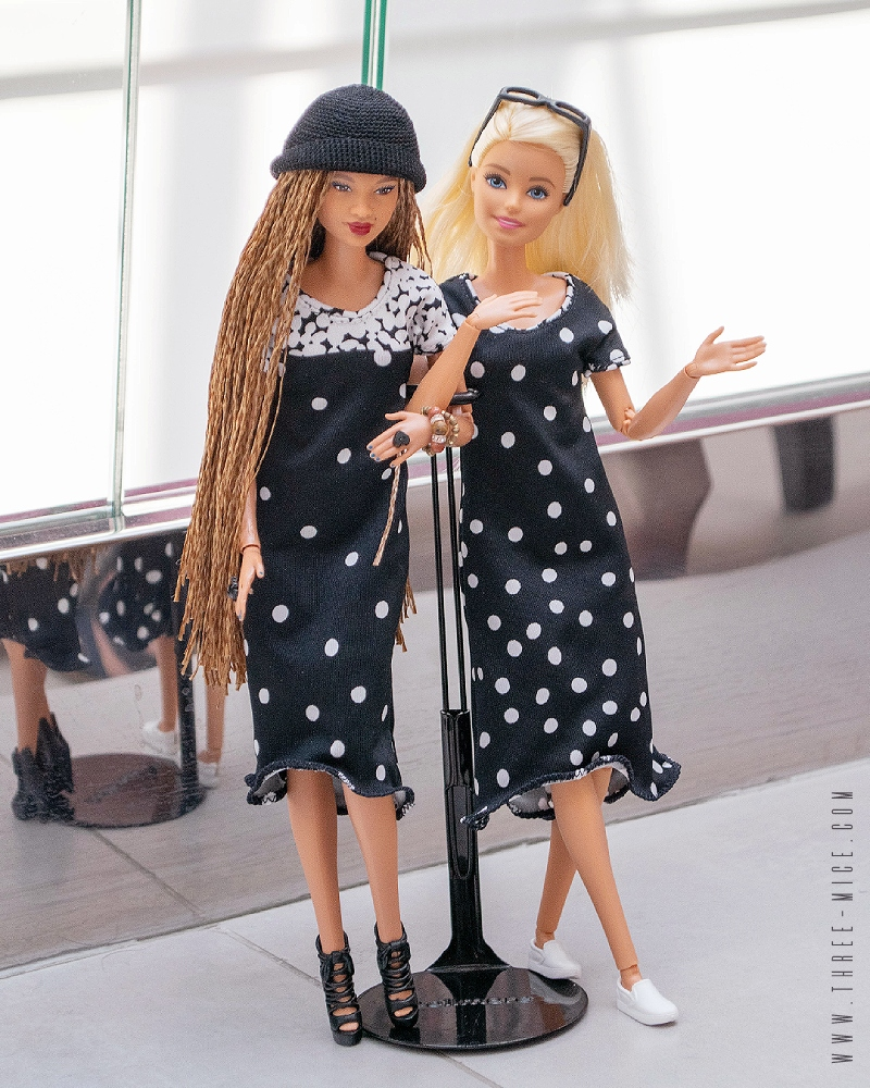Two black and white dresses for original barbies MtM