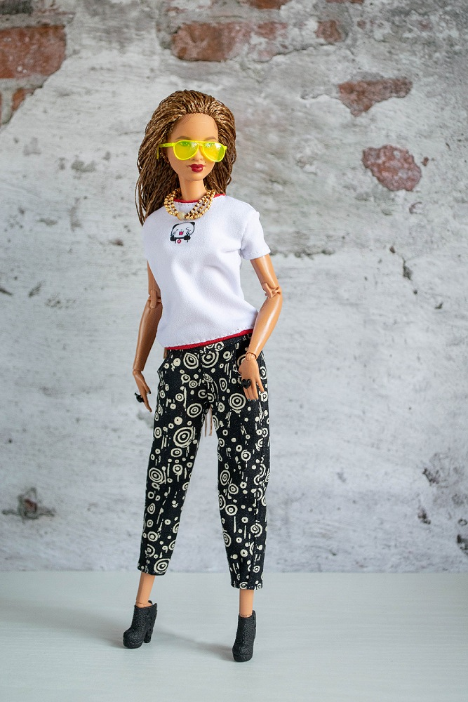 Pants for barbie