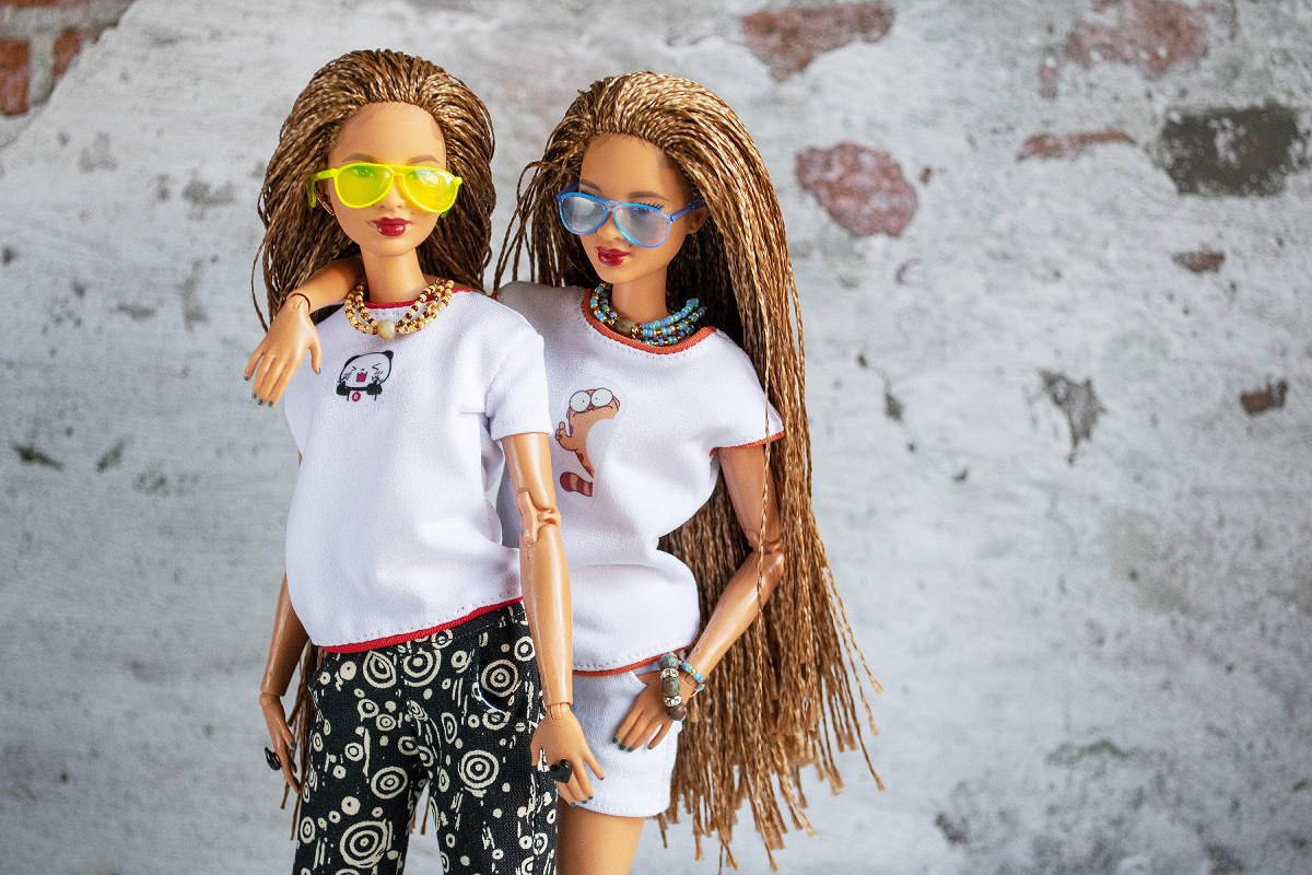 T-shirts for barbie