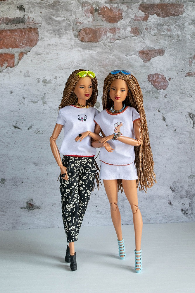 Outfits for dolls